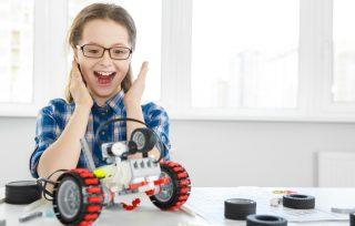10 nuostabių dovanų technologijų mėgėjams